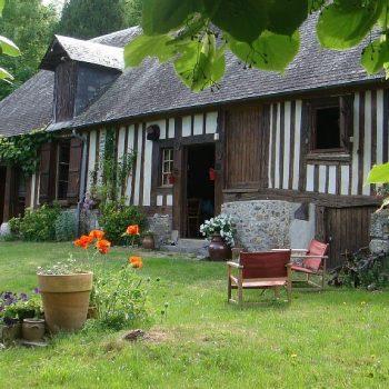 Chaumière de Charme en bord de Risle gîte à Saint-Philbert-sur-Risle près de Montfort-sur-Risle