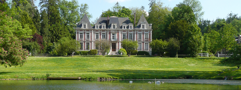 La Ferme pédagogique du Lycée Agricole de Tourville-sur-Pont-Audemer Près de Pont-Audemer, découvrez l'univers des animaux de la ferme et les races 1